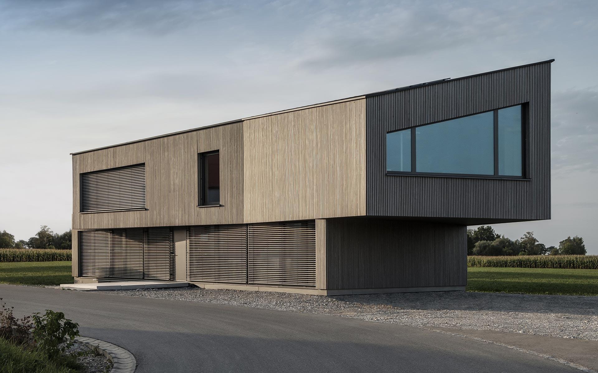 Modernes Bürogebäude von Syno R® in Lauben