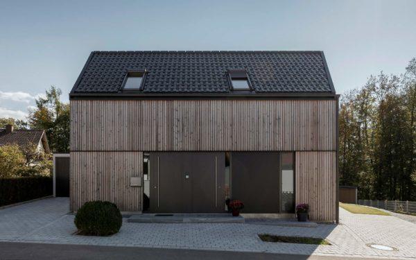 Einfamilienhaus aus Vollholz